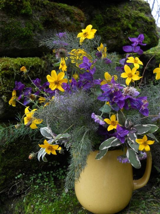 Vase on Monday 026