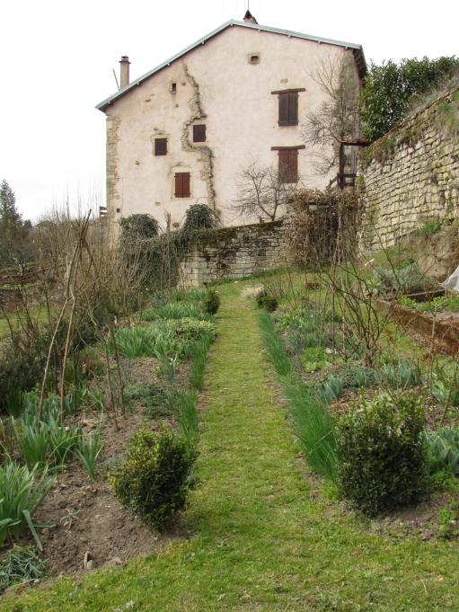 Birth of a knot garden 168