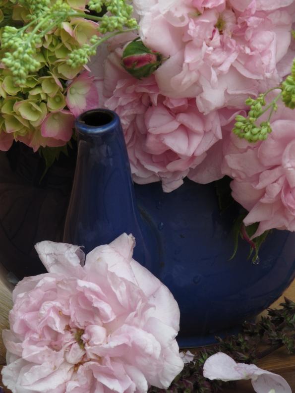 Vase on Monday. 15 June 057